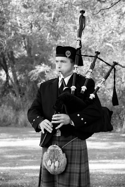 Bagpiper Matthew Wooten performs at wedding in Lapham Peak State Park