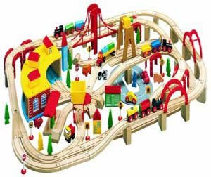 Big brio battery wooden train track pic