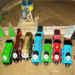 brio james thomas the tank engine wooden toy pic