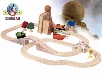 Fun kindergarten learning activities toy Boulder Mountain Thomas & friends wooden railway Set