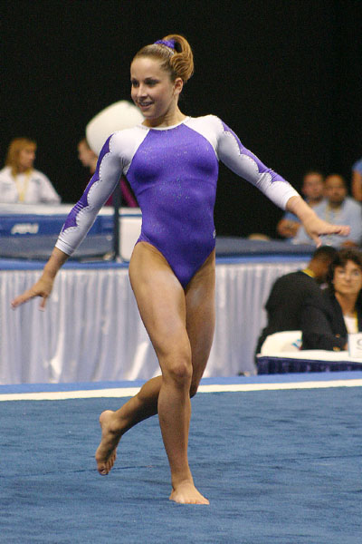 girl gymnastic