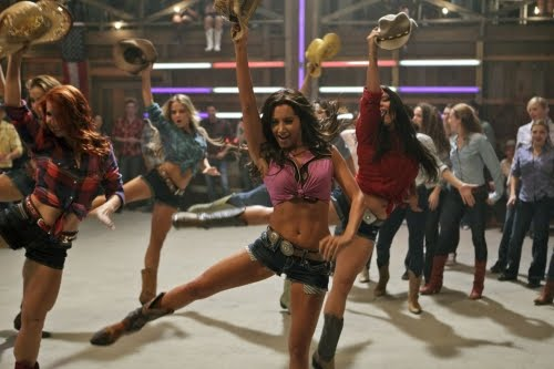 Hellcats TV show : girl with muscular legs ( on the left )