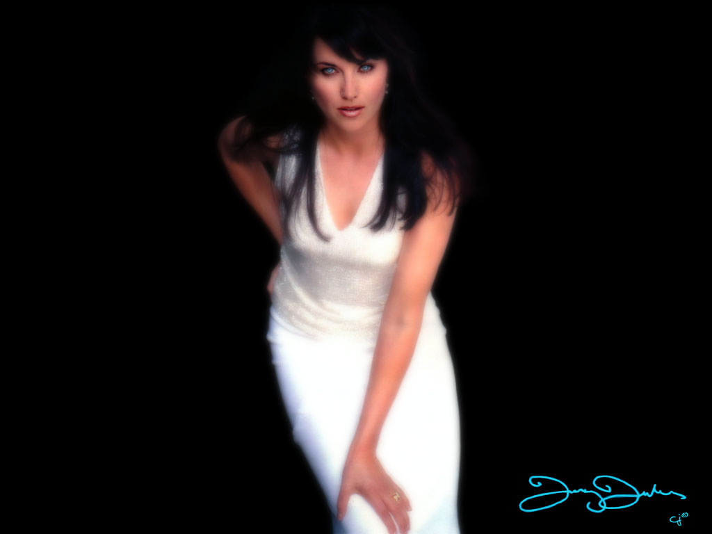 Lucy Lawless Desktop Wallpaper Images