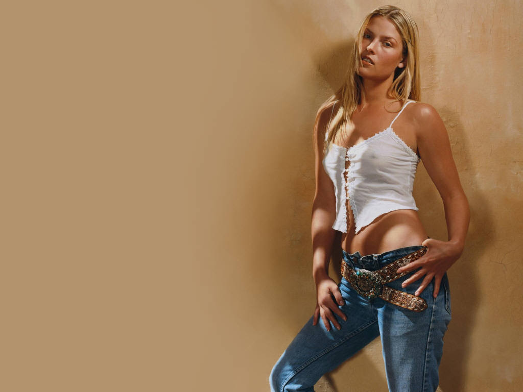 Ali Larter Desktop Wallpapers Wallpapers