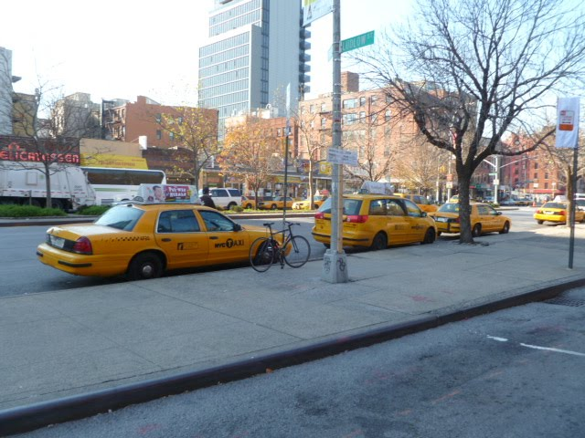 EV Grieve: Outside Punjabi Grocery & Deli: Where are the cabs?