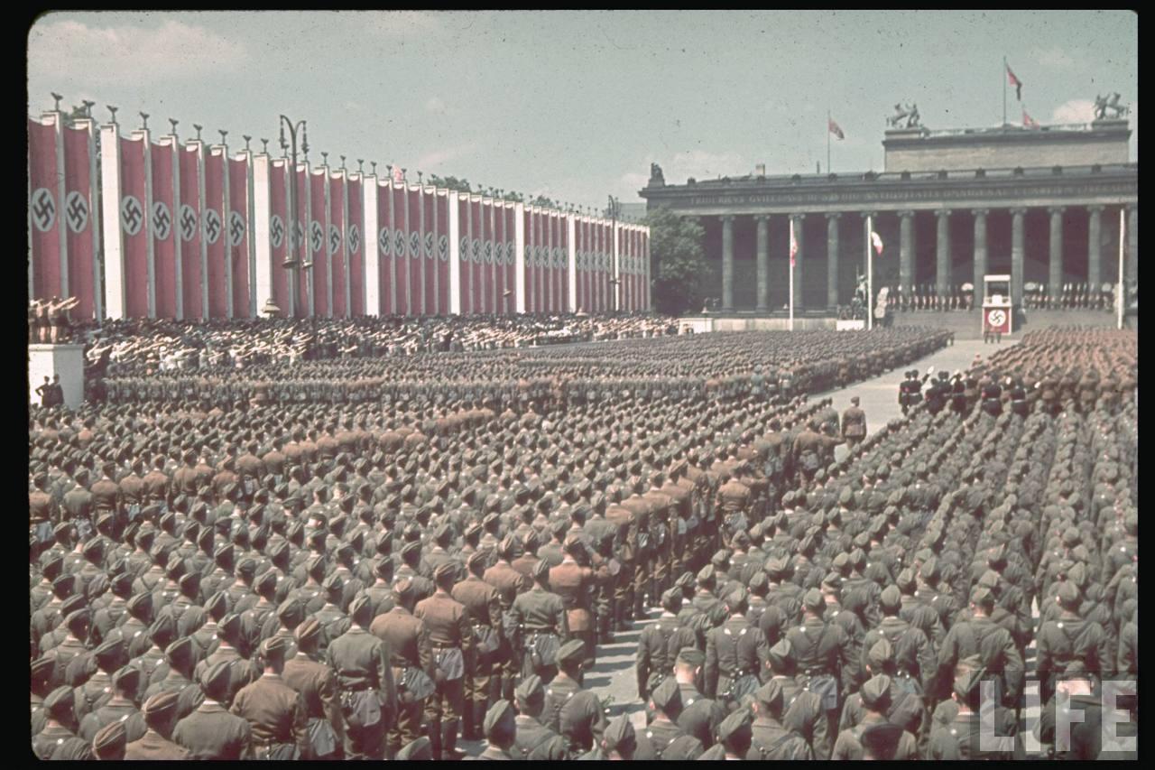 la légion condor et aviation italienne Legion+Condor+on+its+return+from+Spain+in+Berlin,+6+June+1939