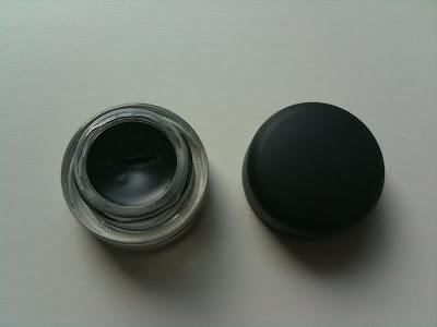 mac fluidline eye-liner gel ve 208 numaralı fırça