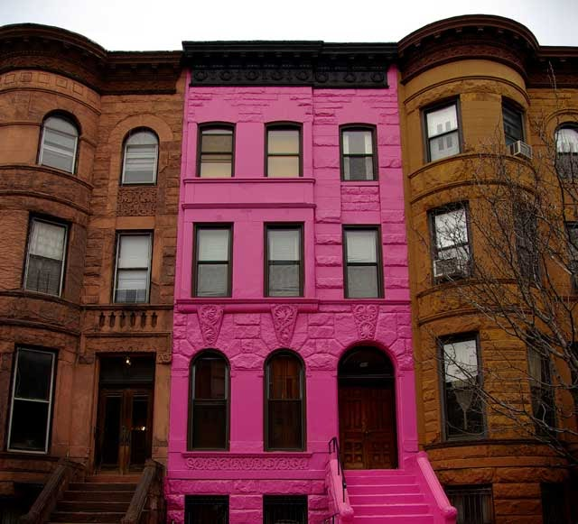 Mille fiori favoriti the pink brooklyn brownstone is for for New york city brownstone for sale