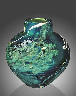 Atlantis Emperor glass vase