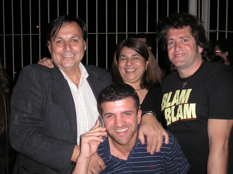 Cali, Claudia Raimondo y Leo Aragües, el má abajo un amigo