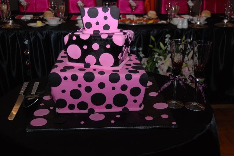 Black And Pink Wedding Cakes. Black square wedding cake