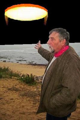Les observations d'ovnis en 2010 Ovni+cotiniere+plage+fesseau