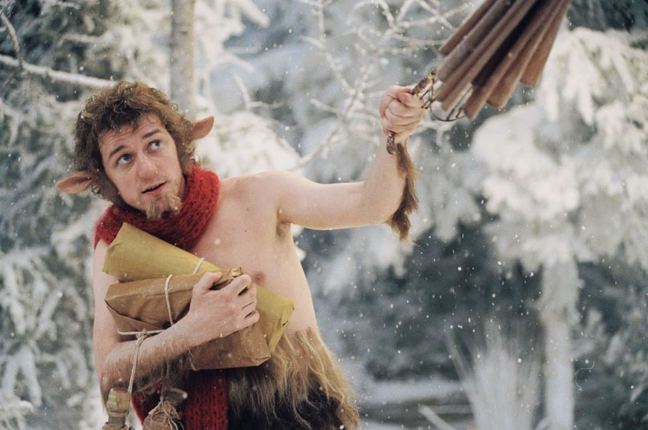 http://4.bp.blogspot.com/_p511-Av4eNE/TQ6mPUthTaI/AAAAAAAAAK4/lKYrJYnxNbI/s1600/Chronicles-of-Narnia1.jpg