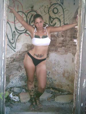 tatuajes en bajinas. tatuaje mujer boricua desnuda - Tatuajes Blog ~: tatuajes puertorico