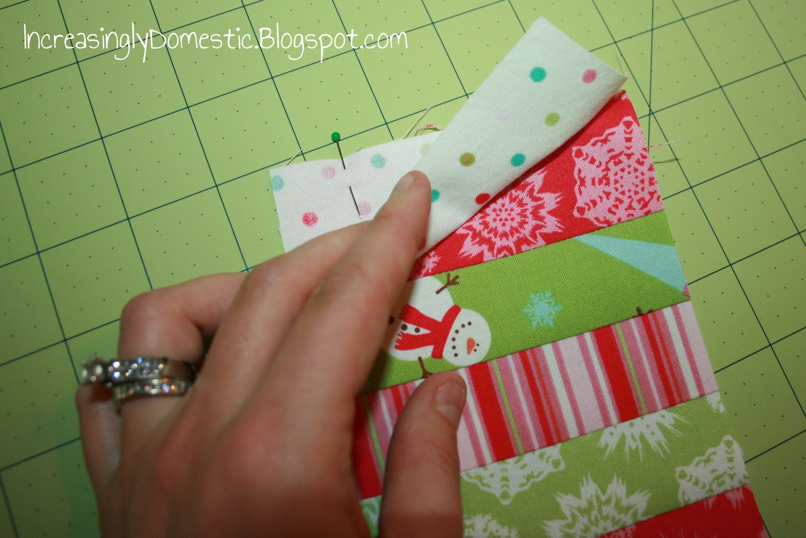 Gwenny Penny: Haul Out the Holly: Day 9 with Increasingly ...