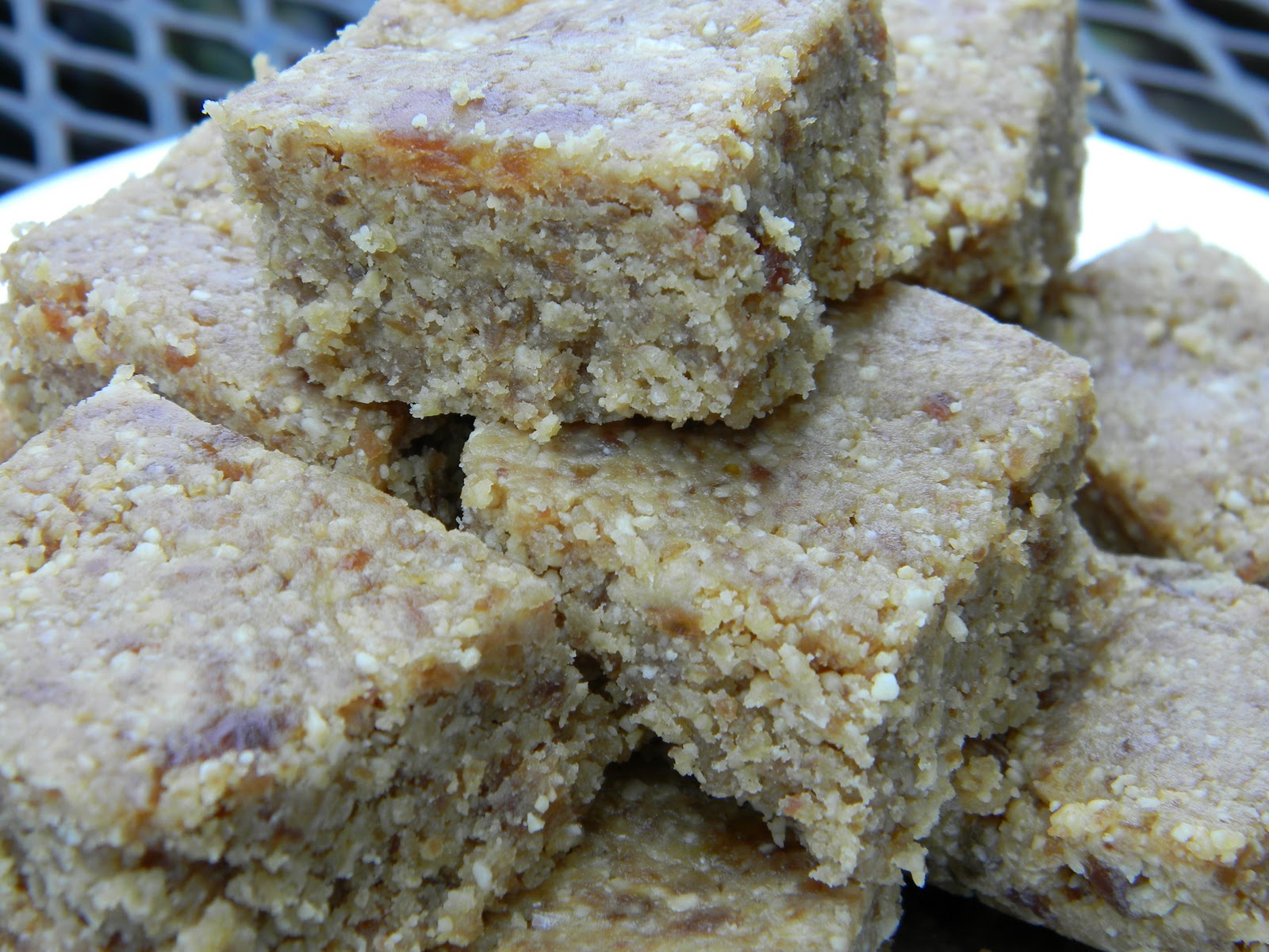 Food Sensitivity Journal: Gluten Free Peanut Date Bars