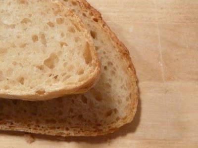 panes muy apropiados para jamón, salmón ahumado y cigalitas un poco crudas ,)