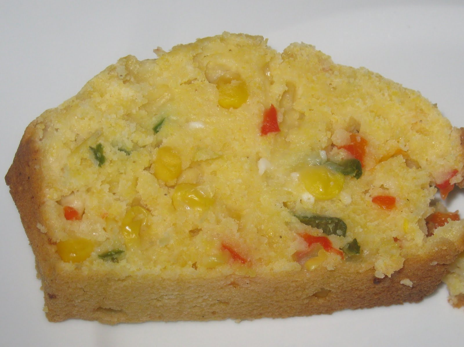 JALAPENO AND RED PEPPER CORN BREAD