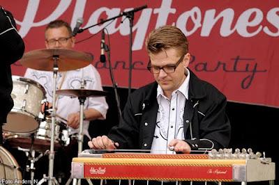 Holje Marknad, 2010, Olofström, Playtones, dansbandskampen, pedal steel guitar, foto anders n