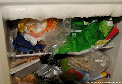 ice in freezer, is i frysskåp, defrosting avfrostning