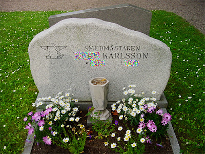 Degeberga kyrka kyrkan kyrkogården smed smeden smedmästare karlsson grav gravsten Foto Anders N