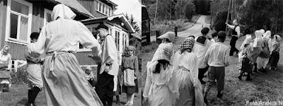Harry Martinsson, teater, nässlorna blomma, barndom, näbbeboda skola, nebbeboda, nyteboda, skola, skolklass, gammal, förr i tiden, pjäs, föreställning, svartvitt, gammal bild, foto anders n