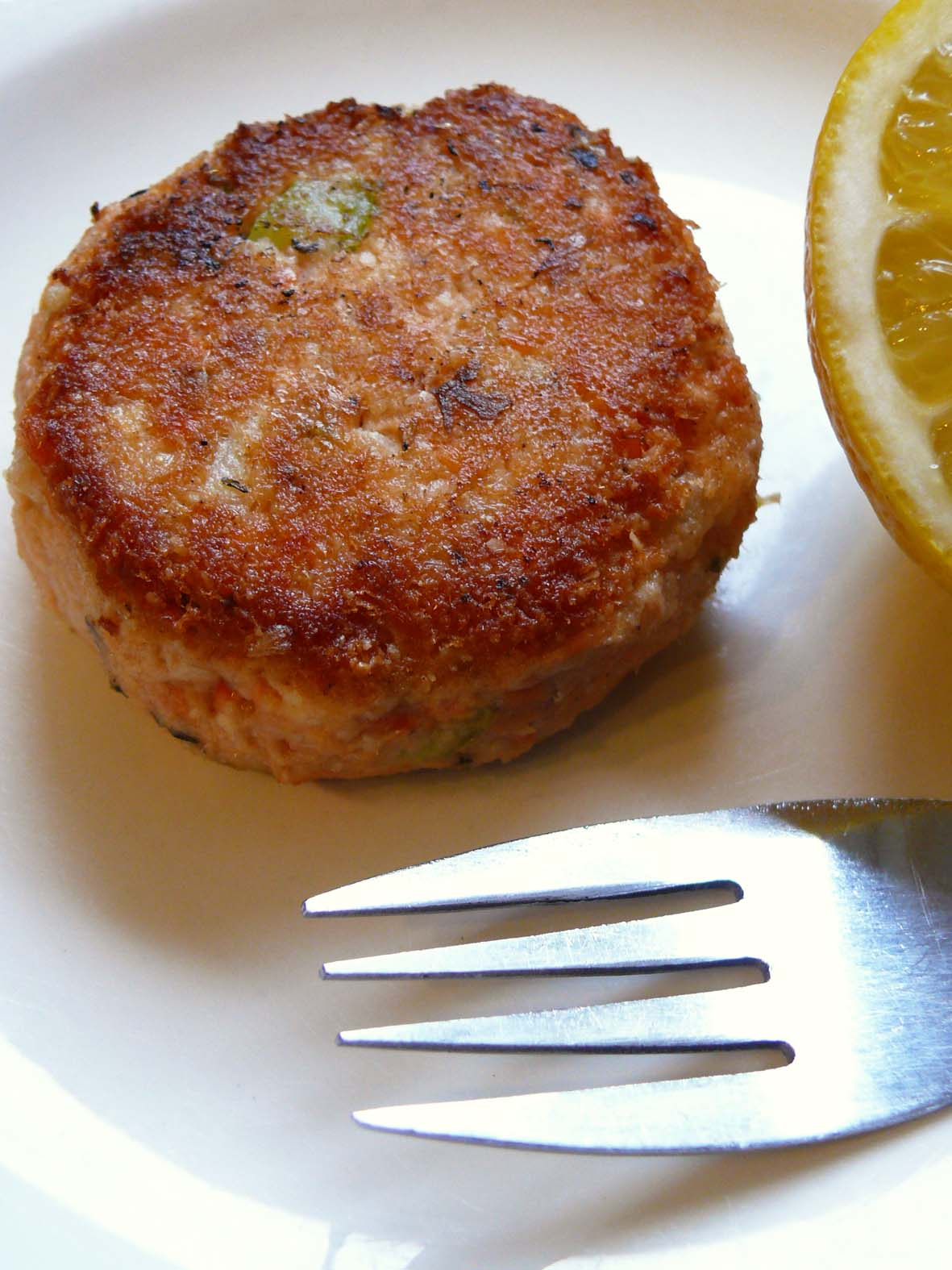 Straight into bed cakefree and dried salmon celeriac for Salmon fish cakes