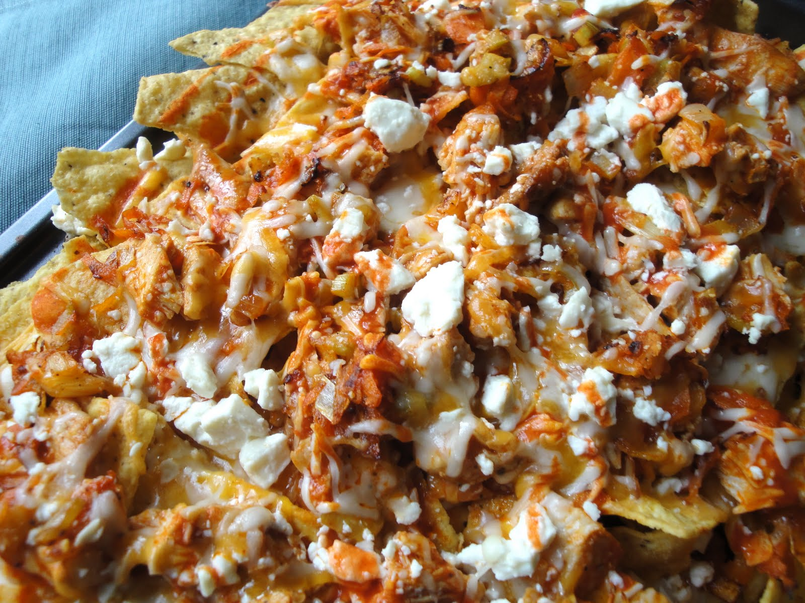 ValSoCal: Buffalo Chicken Nachos