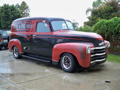 Dr faux artist my 1950 chevy panel truck for 1950 chevy truck door panel