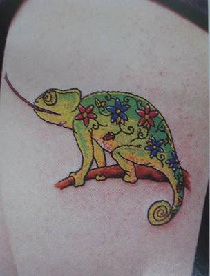 Chameleon tattoo; Tree lizard tattoo - ลายสักรูปกิ้งก่า