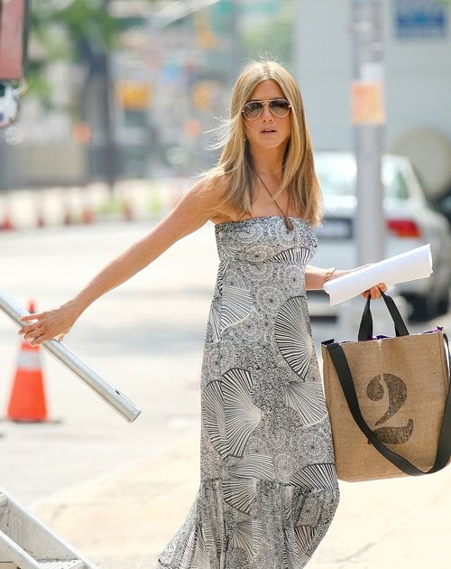 Shes In Fashion Jennifer Aniston Fashion Week