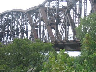 the old roadway of the Harahan Bridge