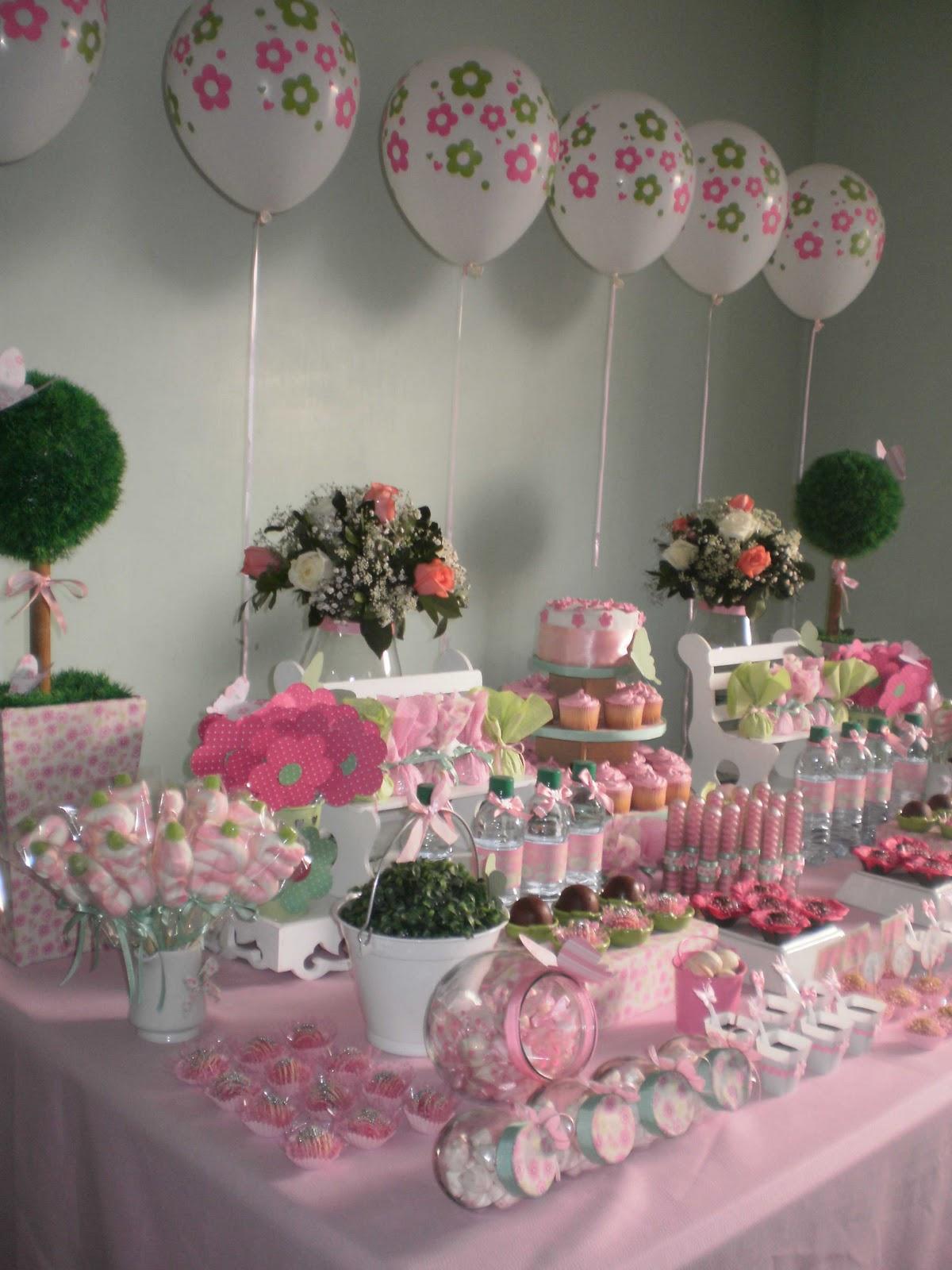decoracao de aniversario jardim das borboletas: FESTAS BLOG: UMA JARDIM VERDE E ROSA E BORBOLETAS DE MARIA CLARA