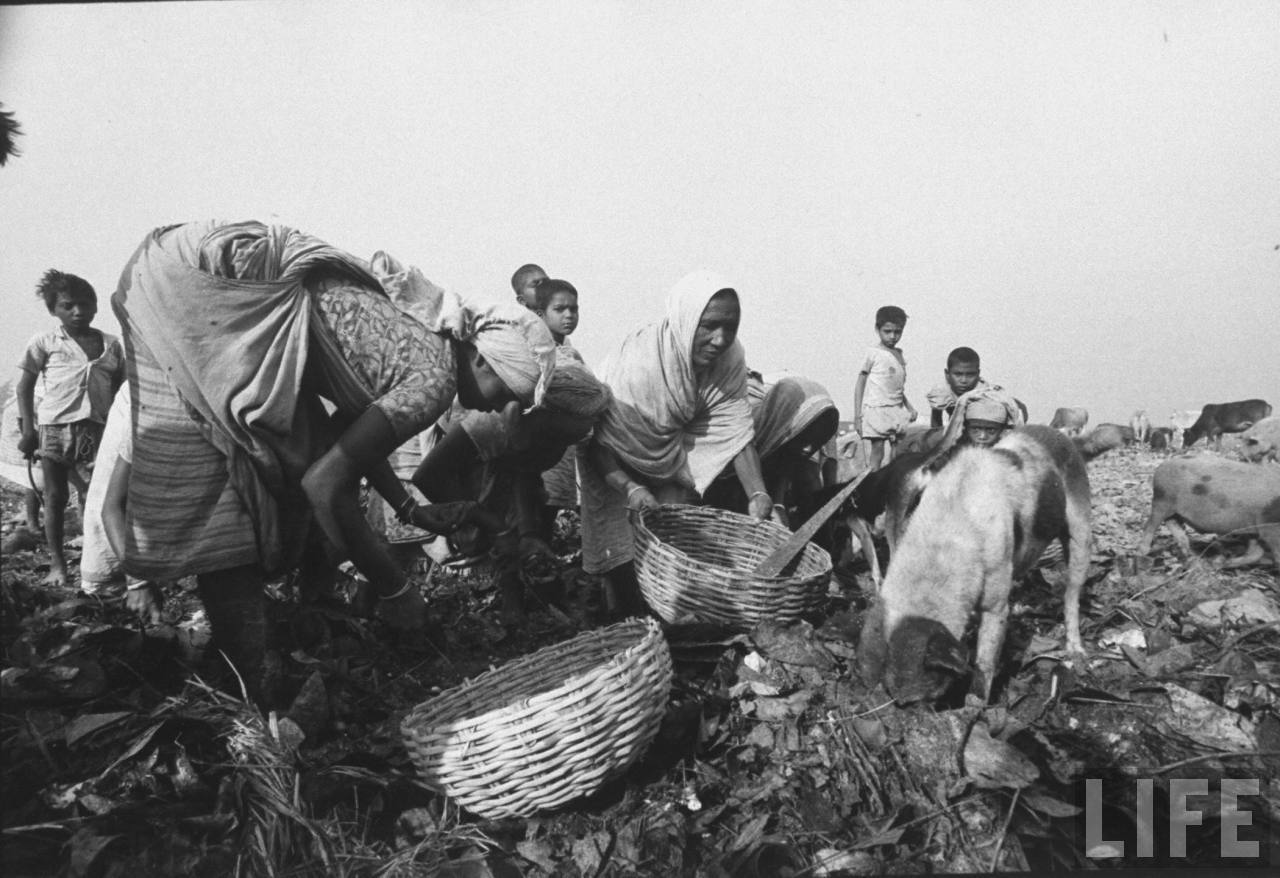 Women working in a Garbage Dumping Ground - Calcutta (Kolkata) December 1970