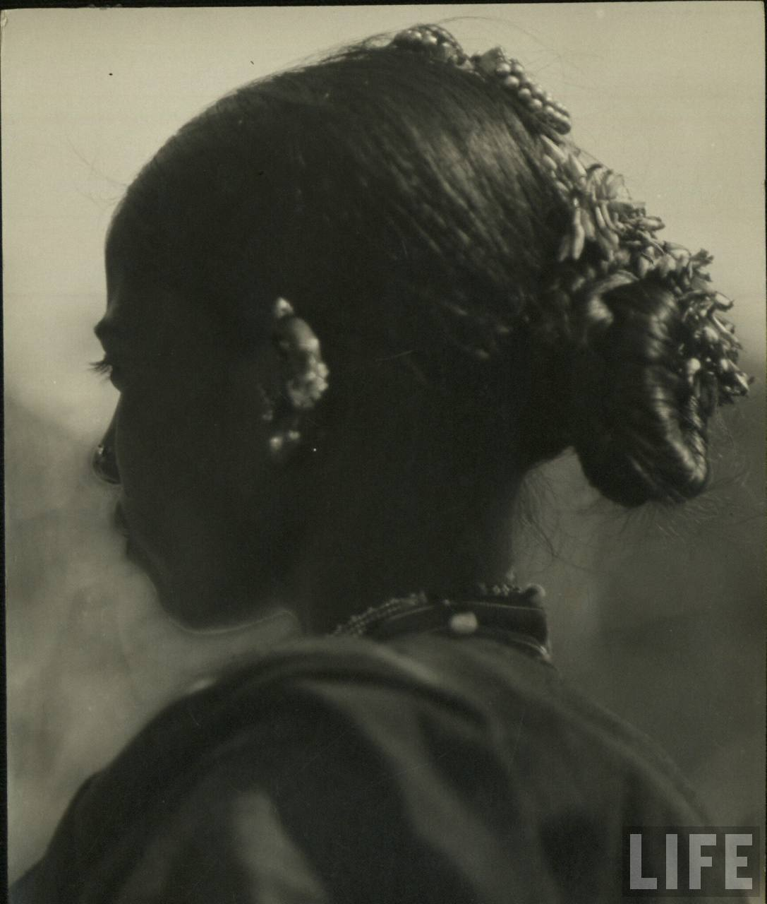 Hair decoration of an Indian Tribal Woman