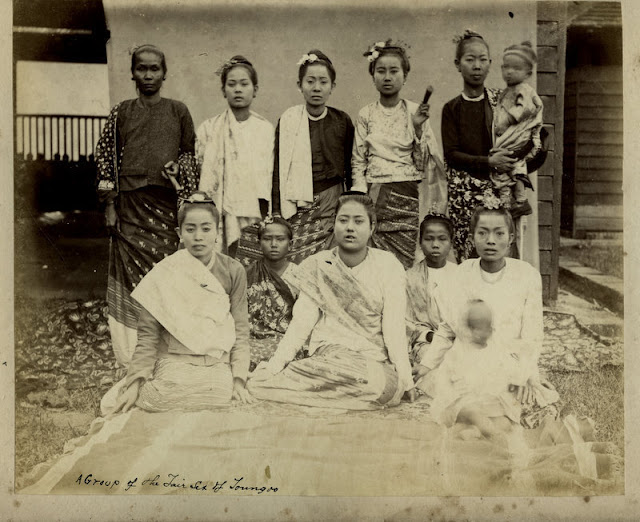 c.1880%2527s+PHOTO+INDIA+BURMA+A+GROUP+OF+YOUNG+WOMEN