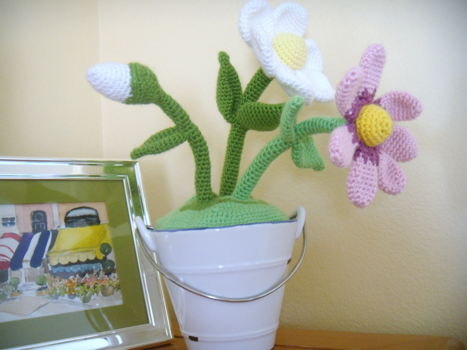 Amigurumi Flower Pot : Felted Button - Colorful Crochet Patterns: This n That