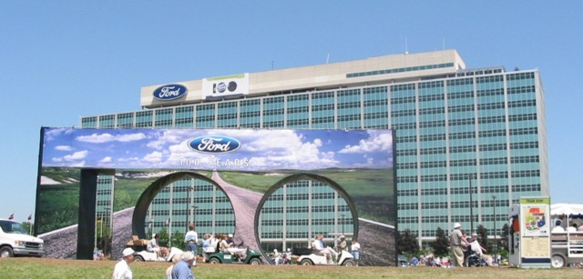 Henry ford fotos de la ford motor company for Ford motors corporate office