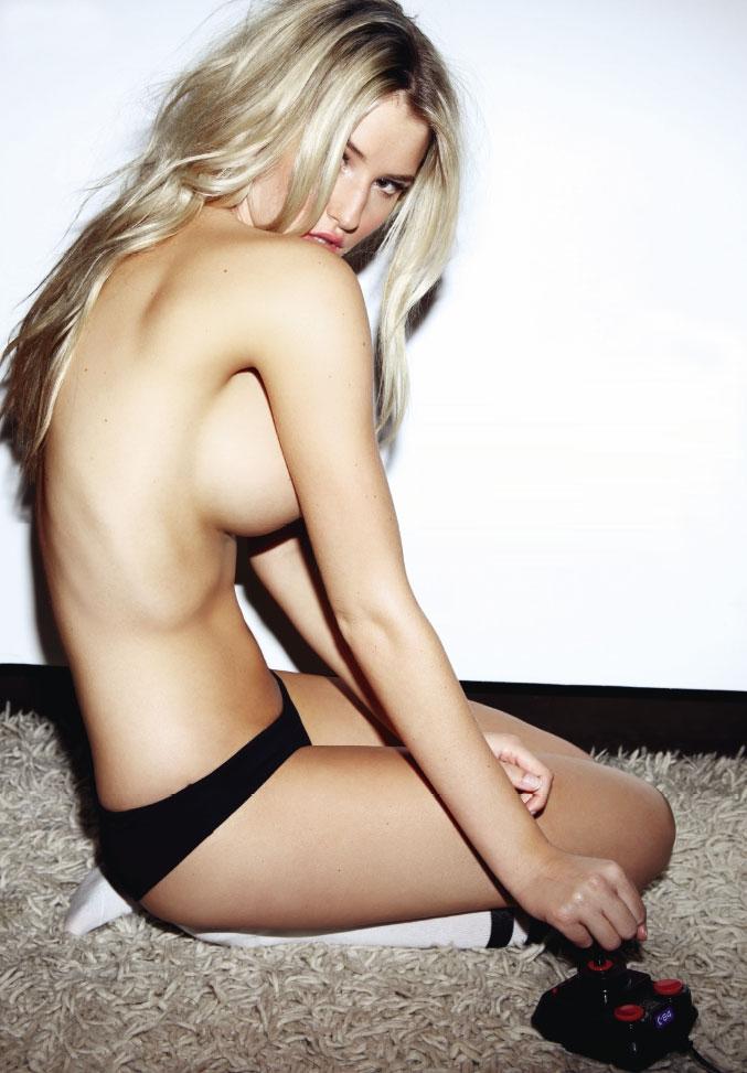 Guapas UK: Danica Thrall topless Loaded