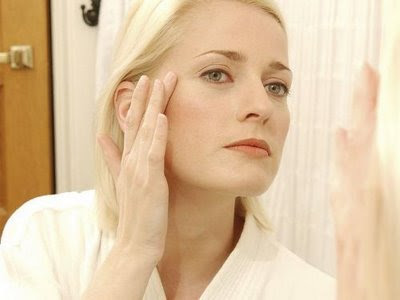 Combat Clear Signs of Skin Aging With Skin-Friendly Wrinkle Creams