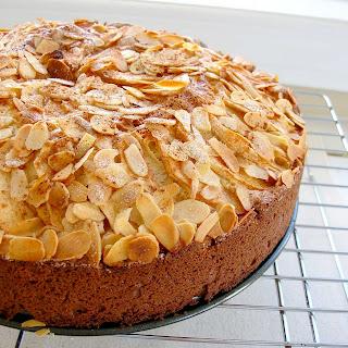 Dragon S Kitchen Almond Apple Cake