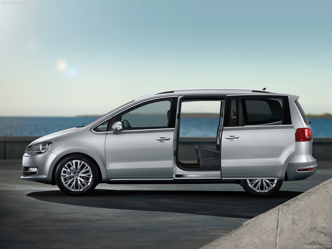new cars used cars family car 2011 volkswagen sharan. Black Bedroom Furniture Sets. Home Design Ideas