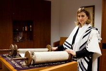 Germany ordains 1st female rabbi since Holocaust