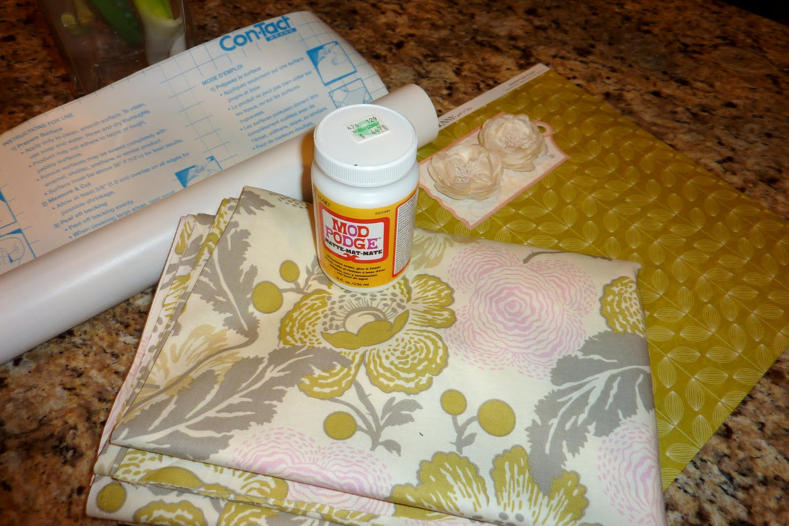 Amber lane living pantry redo with mod podged fabric contact paper jeuxipadfo Image collections