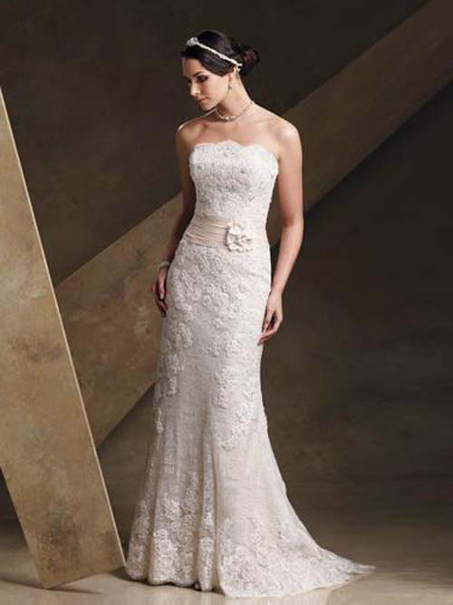 Wedding 101 lace wedding dresses for Lacy wedding dresses