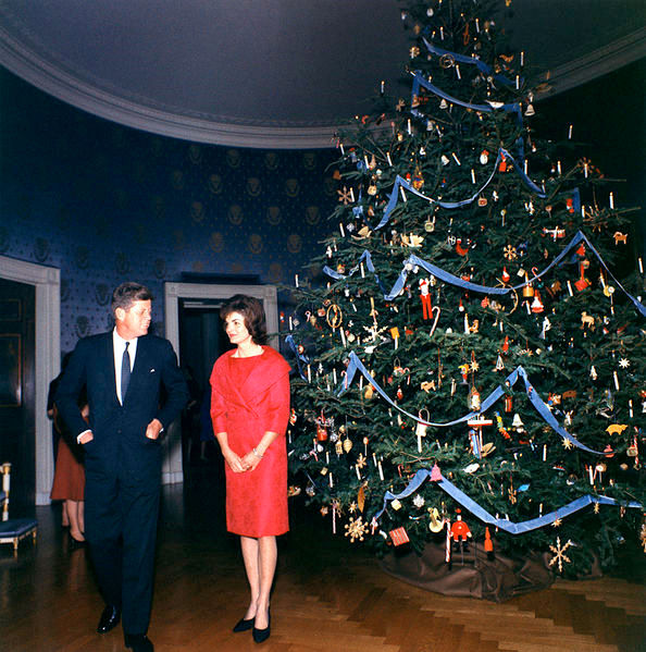 Lovely 60s Christmas Tree Part - 10: I Just About Died When I Discovered This Painting Of The White House Christmas  Tree. In The Early 60s First Lady Jacqueline Kennedy Captured The Efforts  Of ...