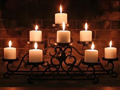 Upaljene svijećice za zaljubljene na Valentino
