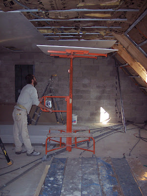 notre maison en autoconstruction placo de l 39 tage plafond rampant. Black Bedroom Furniture Sets. Home Design Ideas