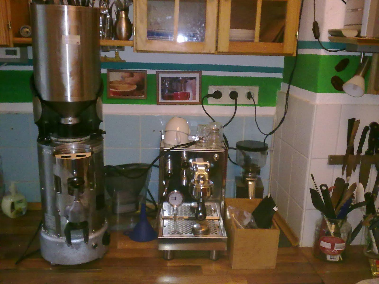 sehr gute m hle wichtiger als kaffee espressomaschine. Black Bedroom Furniture Sets. Home Design Ideas