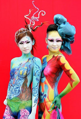 http://design-bodypaint-pictures.blogspot.com/